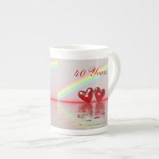 第40記念日のルビーのハート ボーンチャイナカップ