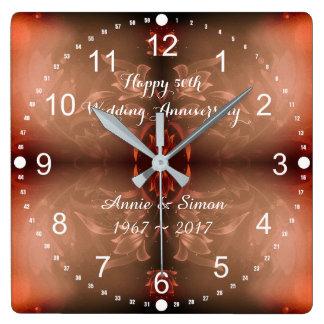 第50結婚記念日のブラウンの花柄 スクエア壁時計