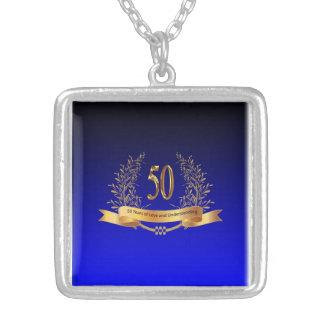 第50結婚記念日の銀の正方形のネックレス シルバープレートネックレス