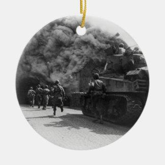第55機甲歩兵部隊の第二次世界大戦の兵士 陶器製丸型オーナメント