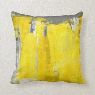 「第5」灰色および黄色の抽象美術 クッション