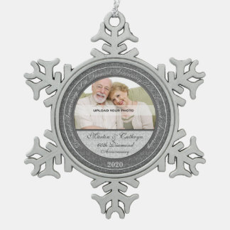 第60ダイヤモンドのAnnivsersary |の写真のオーナメント スノーフレークピューターオーナメント