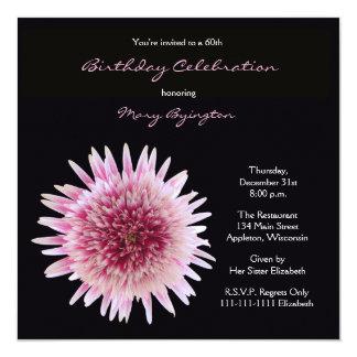 第60誕生日のパーティの招待状の豪華なガーベラ カード