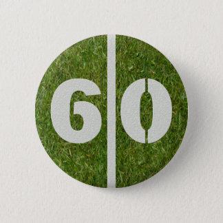 第60誕生日のフットボールのヤードボタン 5.7CM 丸型バッジ