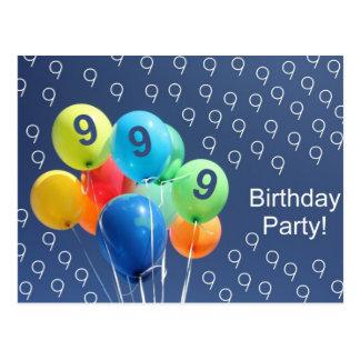 第9誕生会の着色された気球のための招待状 ポストカード
