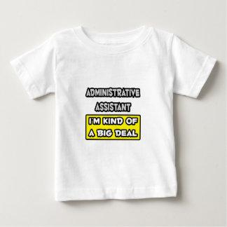 管理上のAsst。 私はちょっと大事です ベビーTシャツ