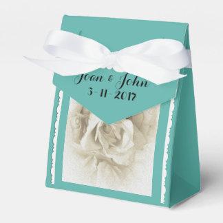 箱のためのロビンの卵の青い白いバラ フェイバーボックス