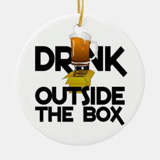 箱のオーナメントの外の飲み物 セラミックオーナメント