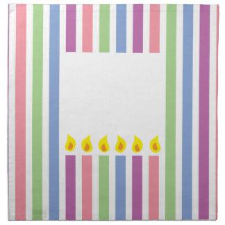 箱のカラフルな蝋燭縞で飾り、 ナプキンクロス