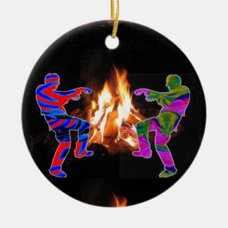 篝火のゾンビのダンス セラミックオーナメント
