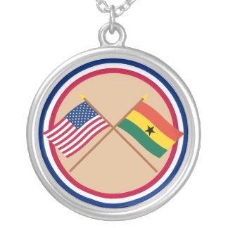 米国およびガーナによって交差させる旗 シルバープレートネックレス