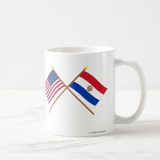 米国およびパラグアイによって交差させる旗 コーヒーマグカップ