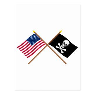 米国および海賊によって交差させる旗 ポストカード