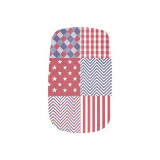米国のアメリカのパッチワークの赤い白く及び青 ネイルアート