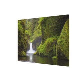 米国のワシの入り江、コロンビアの峡谷、オレゴン。 3 キャンバスプリント