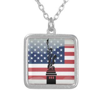 米国の光沢のある旗 シルバープレートネックレス