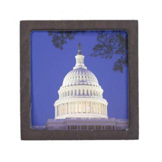 米国の国会議事堂夜にの円形建築、ワシントン州 ギフトボックス