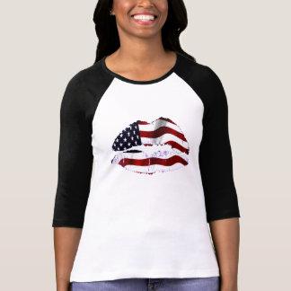 米国の旗の唇 Tシャツ
