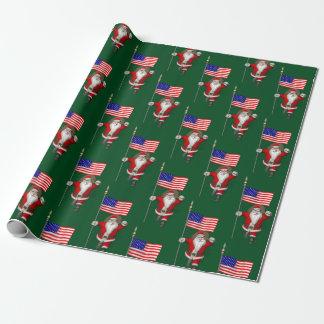 米国の旗を持つサンタクロース ラッピングペーパー