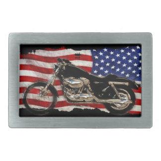 米国の旗及びオートバイの愛国心が強いバイクもしくは自転車に乗る人のバックル 長方形ベルトバックル