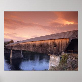 米国の最も長い屋根付橋 ポスター