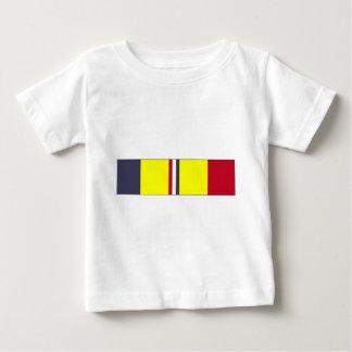 米国の沿岸警備隊の戦闘の行為のリボン ベビーTシャツ