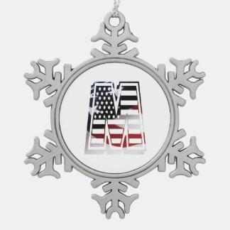 米国はアメリカ人の最初のモノグラムMに印を付けます スノーフレークピューターオーナメント