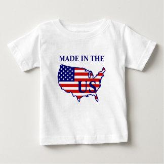 米国は米国の乳児のTシャツでなされる旗の地図を描きます ベビーTシャツ