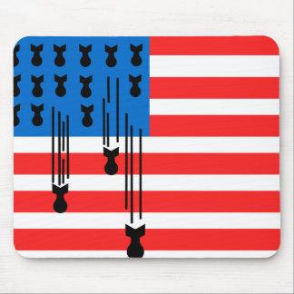 米国は落ちる爆弾と印を付けます マウスパッド