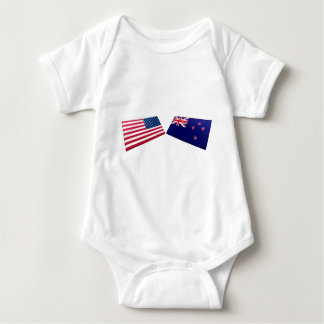米国及びニュージーランドの旗 ベビーボディスーツ