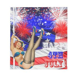 米国旗との7月第4および女の子の上のPin ノートパッド