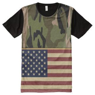 米国旗のカムフラージュ オールオーバープリントT シャツ