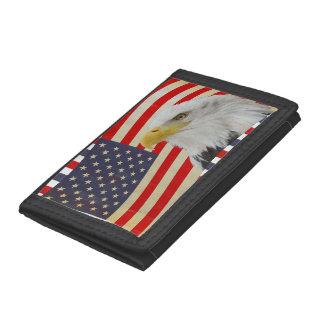 米国旗の財布の愛国心が強いワシ ナイロン三つ折りウォレット