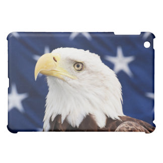 米国旗を持つ白頭鷲のポートレート iPad MINIケース