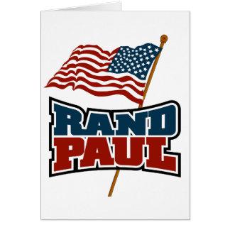 米国旗を振っているランドポール カード
