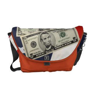 米国旗及びお金のメッセンジャーバッグ メッセンジャーバッグ