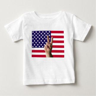 米国旗及びピースサイン ベビーTシャツ