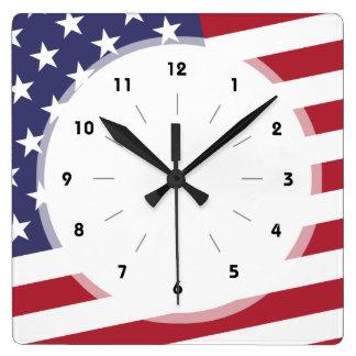 米国旗-米国を祝って下さい- 7月4日のクラシック スクエア壁時計