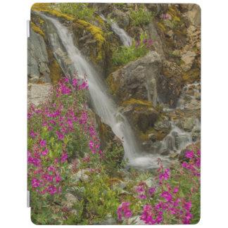米国、アラスカのグレーシャー入江の国立公園。 Fireweed iPadスマートカバー