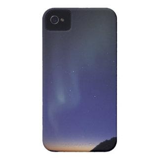 米国、アラスカの小川の範囲。 Northern Lights Case-Mate iPhone 4 ケース