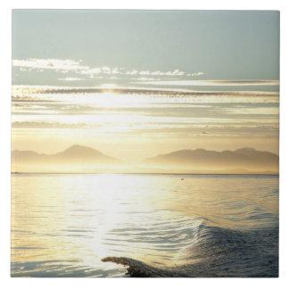 米国、アラスカ、南東の近いKetchikanの日没 タイル