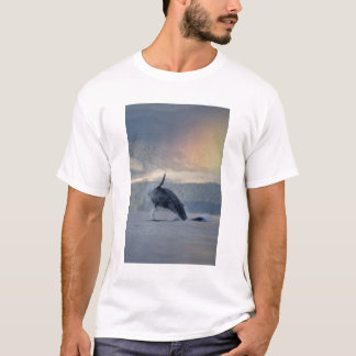 米国、アラスカ、AngoonのザトウクジラのMegaptera Tシャツ