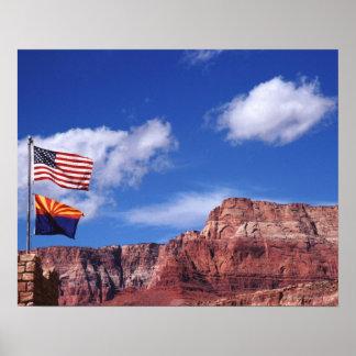 米国、アリゾナのグランドキャニオンの国民の牽引の旗 ポスター