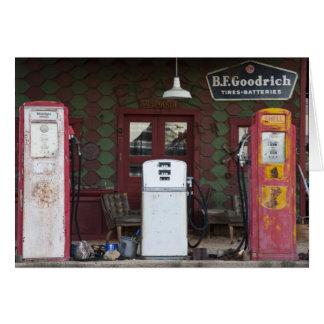 米国、アリゾナ。 塩化物のゴーストタウン、古いガス カード