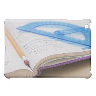 米国、イリノイ、Metamoraの数学は予約します iPad Miniケース