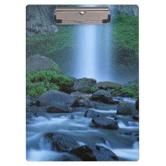 米国、オレゴンのコロンビアの峡谷、Latourellの滝 クリップボード