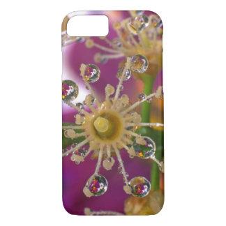 米国、オレゴン、ポートランド。 宇宙の花は反映します iPhone 8/7ケース