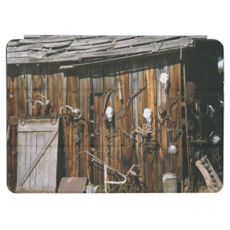 米国、オレゴン、Harney郡。 古いlivery馬小屋 iPad Air カバー