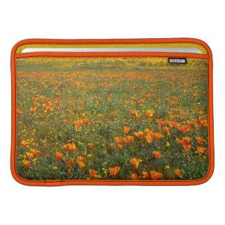 米国、カリフォルニアのカモシカの谷カリフォルニア MacBook スリーブ