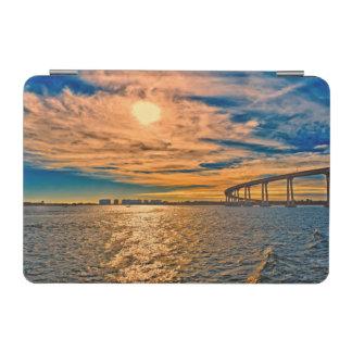 米国、カリフォルニアのサンディエゴCoronado湾橋 iPad Miniカバー